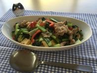 豚肉と小松菜のニンニクしょうゆ炒め