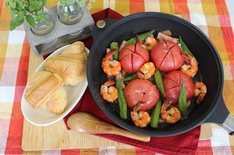 丸ごとトマトとオクラのアヒージョ風