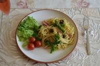 菜の花とアスパラガスのジェノベーゼパスタ