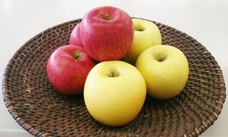 今回「うまいんだに賞」はりんご2種!