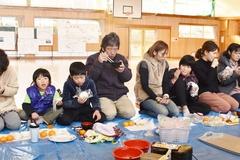富草小学校5年生 育てたお米の収穫祭