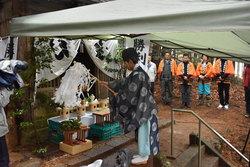 菅原神社で合格祈願の祈祷の様子