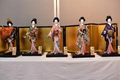 【女性部】目的別グループ「木目込み人形の会」作品展開催