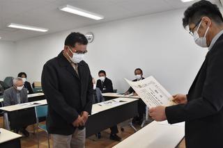 県知事賞の表彰を受ける多田さん