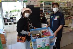 【NEWS】ファミリーマートJA上片桐店で県下初の「ファミマフードドライブ」